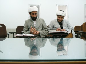 گزارش تصویری از مباحثات طلاب مرکزتخصصی آخوندخراسانی